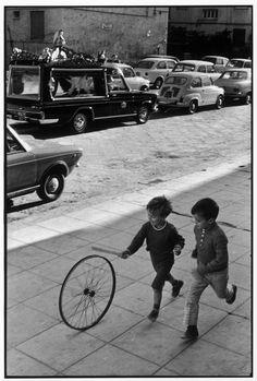 Henri CARTIER-BRESSON :: Palermo; Sicily, 1971