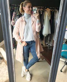 #grey #poloneck #pink #jacket #jeans #adidas #imageconsultant #stylist #personalshopper #motivationalspeaker #saimage