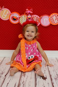 Elmo Birthday Banner Name Banner Bunting Custom. I like pink, orange, and red color scheme for girl Elmo party