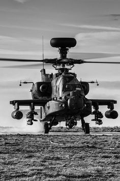 AH-64 Apache Attack Helicopter, Military Helicopter, Military Aircraft, Helicopter Cake, Helicopter Birthday, Ah 64 Apache, Air Fighter, Fighter Jets, Les Satellites