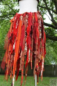 Awesome rag skirt- gypsy or fairy costume Belly Dance Skirt, Tribal Belly Dance, Halloween Karneval, Halloween Kostüm, Bohemian Gypsy, Gypsy Style, Bohemian Skirt, Bohemian Clothing, Boho Skirts