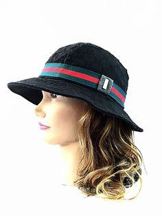 Gucci Bucket Hat Signature Logo Gold Tone Black Red Green Sz s Nice  9d762e1bbfc