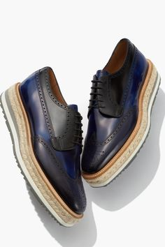 Elevate your look with the new resort 2016 platforms - Prada Shoes Mens - Ideas of Prada Shoes Mens - Elevate your look with the new resort 2016 platforms Cheap Mens Fashion, Mens Fashion Shoes, Fashion Rings, Buy Shoes, Men's Shoes, Dress Shoes, Shoes Men, 1950 Shoes, Italian Shoes For Men