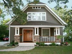 Terrific 8 Exterior Paint Colors To Help Sell Your House Exterior Colors Largest Home Design Picture Inspirations Pitcheantrous