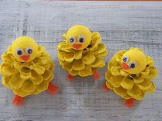 Chick Peeps, Pine Cone Easter Craft Ornament, Pine Cone Craft Decoration, Spring Peeps