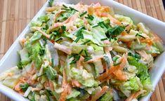 Najlepsze surówki z kapusty pekińskiej robi moja mama :) Postanowiłam podpatrzeć ją w kuchni i zrobiłam też taką surówkę. Polecam! Surówka... Vegetarian Recipes, Cooking Recipes, Healthy Recipes, Chinese Cabbage Salad, Healthy Salads, Healthy Eating, Appetizer Salads, Side Salad, Easy Chicken Recipes