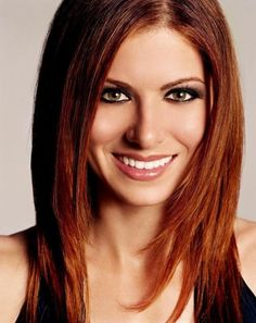 Debra Messing Hair Color Formula - Base Color: 4FR (3oz) 4MH (2oz ...