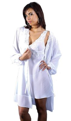 Short White Crinkled Chiffon Peignoir Set w Lace Trim c52247c01