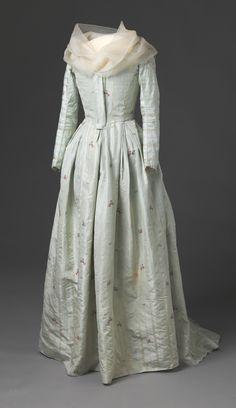 Spitafeilds Silk Round Gown, ca. 1785-95