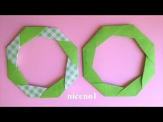 Origami Simple way to fold a simple lease Origami Simple Wreath tutorial Origami Ring, Origami Wreath, Origami Easy, Crafts For Kids, Arts And Crafts, Paper Crafts, Gato Origami, Origami Modular, Iris Folding