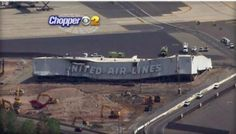 4 Injured In Hangar Collapse at Newark Airport