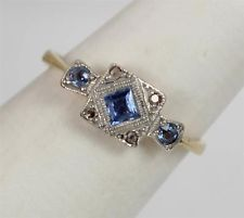 Art-Deco-Saphir & Diamant 18 Karat Platin-Damen-Verlobungsring Source by Antique Rings, Antique Jewelry, Vintage Jewelry, Victorian Jewelry, Art Deco Jewelry, Modern Jewelry, Jewelry Design, Ring Verlobung, Vintage Engagement Rings