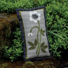A little spring pillow to brighten your day! #flowers #pillow
