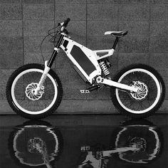 Combining 4.5kW of electrical output with as much mechanical input as the rider is capable of, the Bomber electric bike displays phenomenal acceleration and hill climbing ability in any terrain. Pedal power is transmitted via its unique 9 speed sequential gearbox, with stopping taken care of by progressive 6 or 8 pot hydraulic disc brakes. [...]