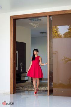 Look da Maanuh, vestido vermelho