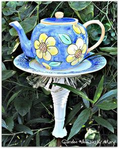 Teapot Bird Feeder Posted by Garden Whimsies by Mary