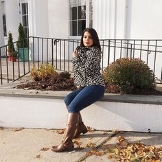 Happy Monday! #Repost @glambyshey  I'm not going to lie I got this coat because it reminded me of Curella De Vil. Photo credit @ninoska6321       #fashionblogger#lblogger#style#fallstyle #petitefashion#latinastyle#newyorkblogger#whatiwore#tbt#wiw#ontrend#casuallook#styledaily#ootd#streetstyle#expressyourself#styleinspo#instablog#latinablogger#stylehunter#igstyle#influncer#contentcreator#forever21#gapjeans#fashioninspo#fashionist