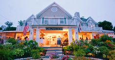 The Inn On Peaks Island in Peaks Island, Maine - would you ladies be amenable to a Friday night wedding?