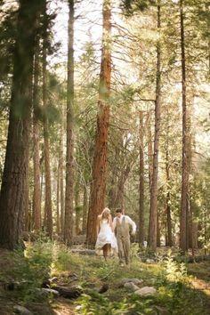 woodland wedding photo idea