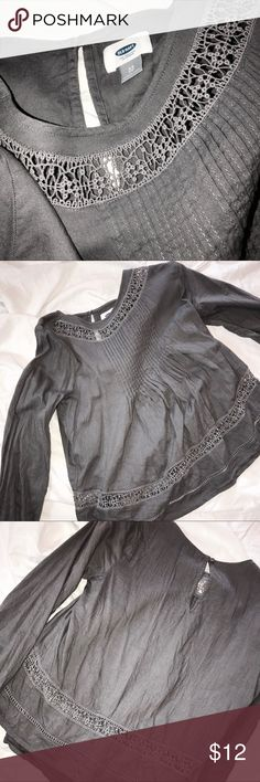 Old Navy Boho Top Love this top!! Goes great with dark skinny jeans or even to work!! Comfortable fabric and roomy fit Old Navy Tops Blouses