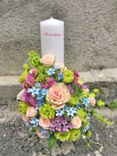 #colorful #baptism #flowers #candle #happy #babyboy #joy #colors #flowerdesign #elegant #flowerdipity #event #lumanare #botez #nofilter Pillar Candles, Flower Designs, Baby Boy, Joy, Colorful, Table Decorations, Elegant, Happy, Flowers