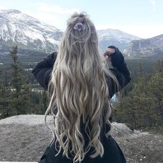 KASSINKA Instagram Easy Hairstyles For Long Hair, Creative Hairstyles, Up Hairstyles, Viking Hairstyles, Beautiful Hairstyles, Face And Body, Hair Lengths, Hair Goals, New Hair