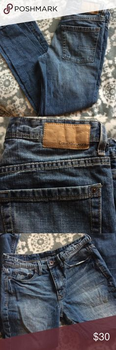 ❗️MOVING SALE❗️Calvin Klein jeans Calvin Klein modern boot jeans. Size: 32X30. Never worn, but has slight accidental paint damage from storage. 🚫No trades! Calvin Klein Jeans Bootcut