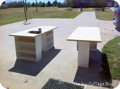 Craft Room Table see how its Made. You can do it also out of Old Bookcases.