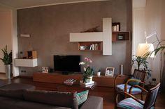 Sfoglia le immagini di Soggiorno in stile in stile Moderno di living. Lasciati ispirare dalle nostre immagini per trovare l'idea perfetta per la tua casa.