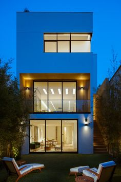 Cow Hollow Residence by Larson Shores Architects