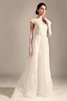 Wedding Magazine - The Daily Dress: November 2013. THIS, with a bit of a petticoat to make the skirt more poofy.