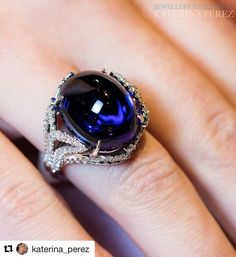 Revisiting this luminous Tanzanite admired by the discerning @katerina_perez Stunning 18K white gold ring with a 24.87 cts cabochon #tanzanite and 1.60 cts #diamonds by @takatjewels
