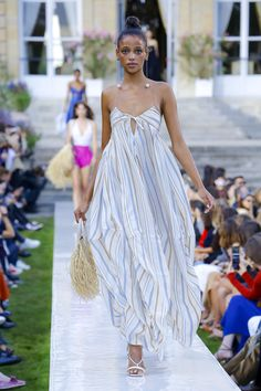 Jacquemus Spring 2019 Ready-to-Wear Collection - Vogue