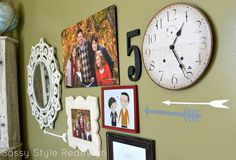 Sassy Style: Simple Tips for the Perfect Gallery Wall Halloween Potions, Halloween Diy, Decor Around Tv, Hanging Photos, Photo Hanging, Peaceful Home, Annie Sloan Chalk Paint, Organizing Your Home, Picture Wall
