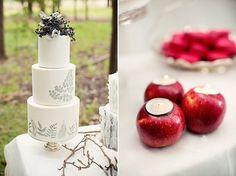 Snow White wedding style     http://images.polkadotbride.com/wp-content/uploads/2012/10/snow-white-wedding-inspiration005.jpg