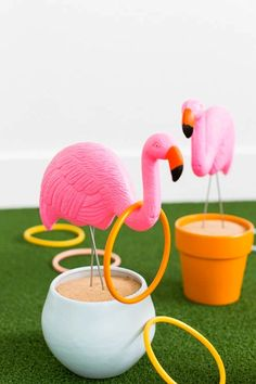 This is hands-down (foot up?) the cutest game of ring toss we've ever seen! It's guaranteed to be the hit of your outdoor barbecue.
