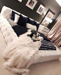 Dream Bedroom, Bedroom Interior, Luxurious Bedrooms, Luxury Apartment Decor, Couple Bedroom, Master Bedrooms Decor, Dream Rooms, Bedroom Decor, Apartment Decor