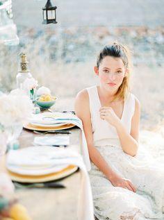 Apricot wedding table decoration - Ibiza wedding inspiration