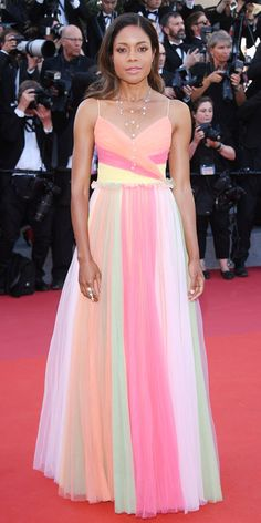 Best Celebrity Red Carpet Dresses From Cannes Film Festival 2017 - Cannes Red Carpet Looks Celebrity Red Carpet, Celebrity Look, Celebrity Dresses, Celeb Style, Celebrity Jewelry, Tulle Gown, Chiffon Gown, Best Dressed 2017, Palais Des Festivals