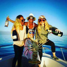 Champagne and lobster :@rachelsawden #bermuda #boatlife #squadgoals #winter #island #islandlife #wearebermuda #lobster #champagne #january #ocean