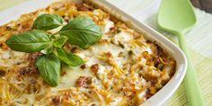 Viimeinen reseptimme on Kana-Feta Spagettivuoka. Feta, Macaroni And Cheese, Ethnic Recipes, Lasagna, Mac Cheese, Mac And Cheese