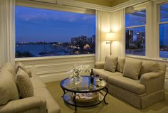Enjoy a romantic evening in the Penthouse Suite Living Room with these amazing views!