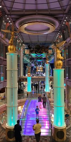 Freedom of the Seas | Every epic night starts on the Royal Promenade, with delicious eats, duty-free shopping, and enthralling nightlife. Cruise with Royal Caribbean onboard the Freedom Class and find out where your nights take you.