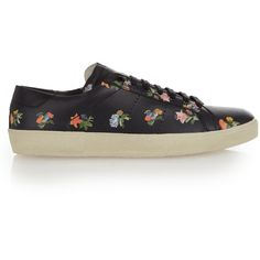 Saint Laurent Classic Court floral-print low-top trainers (965 SAR) ❤ liked on Polyvore featuring shoes, sneakers, black multi, tennis trainer, black shoes, yves saint laurent sneakers, tennis sneakers and low profile sneakers