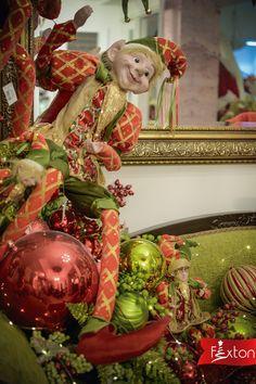 Arlequines navideños, para un toque de magia a tus espacios.🌟  www.fexton.com Decorative Boxes, Christmas Ornaments, Holiday Decor, Home Decor, Christmas Decorating Ideas, Decorated Boxes, Christmas Crafts, Spaces, Magick