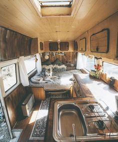 Skoolie Bus Conversion Decorating Ideas (6)