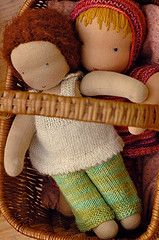 waldorf dolls - especially good for children's play....there are also pictures of valentines to make in these pictures