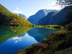 Lærdal, Sognefjord, Norway via @nuanaarpuq