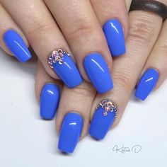 40 Trendy Blue Nail Art Designs to Make You Attractive Popular Nail Colors, Easy Nail Art, Blue Nails, Never Give Up, Nail Art Designs, Make It Yourself, How To Make, Blue Nail, Nail Designs