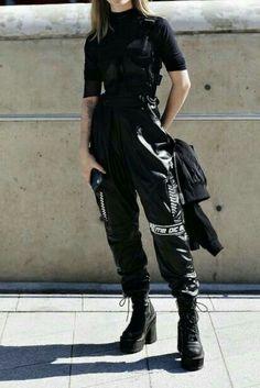 Egirl Fashion, Teen Fashion Outfits, Edgy Outfits, Cute Casual Outfits, Korean Outfits, Mode Outfits, Retro Outfits, Grunge Outfits, Tomboy Fashion